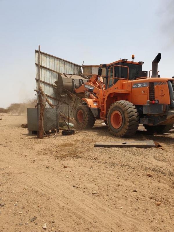 صور.. أمانة عسير تحاصر لصوص الأراضي وتستعيد أكثر من 4 ملايين م2