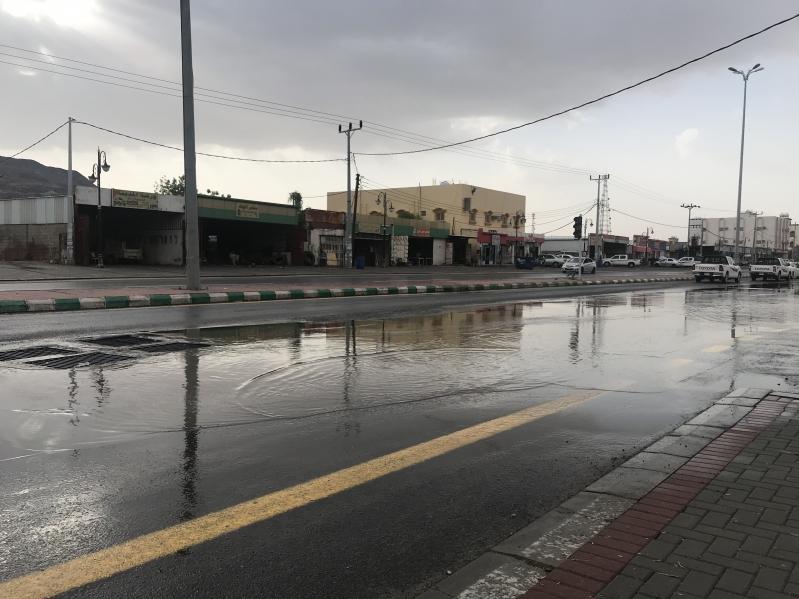أمطار متواصلة على مكة وعسير حتى العاشرة مساء