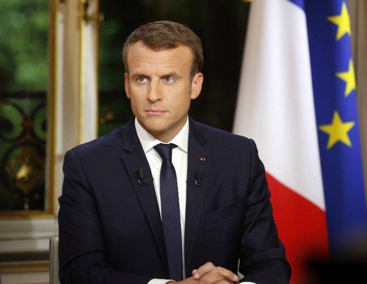 فرنسا تغلق المدارس والجامعات للحد من تفشي كورونا