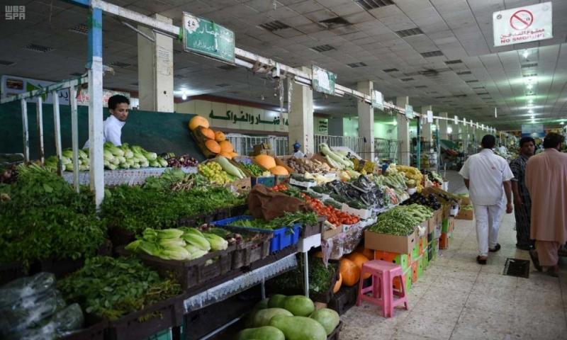 الأسواق والمجمعات التجارية بالمدينة المنورة تشهد إقبالًا من المتسوقين استعدادًا لشهر رمضان 2