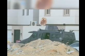 مقطع يوثق لقطات من عملية تصفية خلية تاروت الإرهابية - المواطن