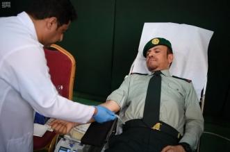 رئيس الحرس الملكي يدشن حملة للتبرع بالدم والتثقيف الصحي والتأمين الطبي