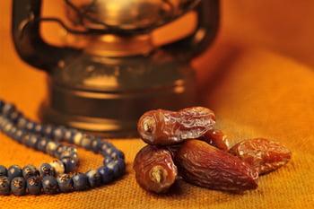 المساجد البريطانية تنهي سنوات من المعاناة البيئية في رمضان