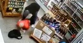 فيديو.. اللص المسلح اقتحم المتجر لسرقته فتلقى رصاصة - المواطن