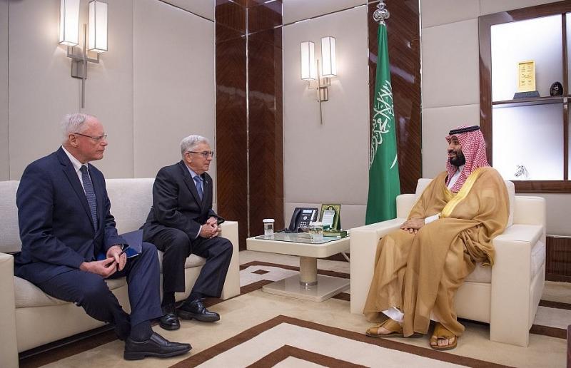 ولي العهد يلتقي مبعوث الرئيس الأمريكي للشأن السوري - المواطن