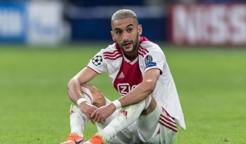 ريال مدريد يُبدي جاهزيته لضم نجم عربي في الصيف