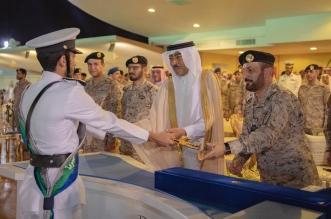 تشكيلات وعرض عسكري في تخريج الدفعة 32 من طلبة كلية الملك فهد البحرية - المواطن