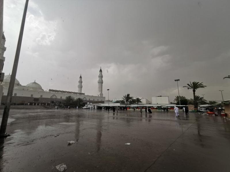 تحذير من أمطار على المدينة المنورة حتى الثامنة مساء
