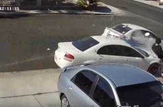 فيديو مروع .. قائد مركبة ينام على سرعة 35 م/ ساعة - المواطن