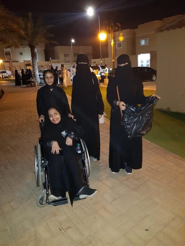 لقطات توثق جهود جسر التطوعي في حملة إماطة الأذى في الرياض