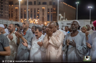 أكثر من نصف مليون مُصلٍّ يشهدون ختم القرآن الكريم في المسجد النبوي - المواطن