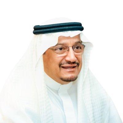 أهالي تبوك يستبقون زيارة وزير التعليم بهذه المطالب