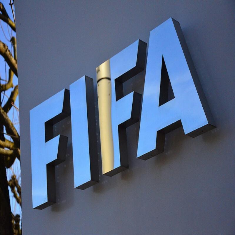 فيفا يدعم الاتحادات بـ1.5 مليار دولار لمواجهة كورونا