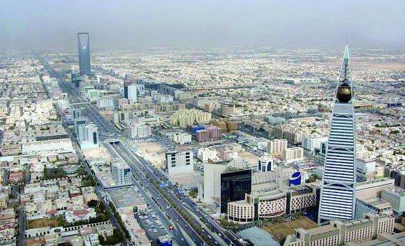 الرياض والدمام تتشاركان أعلى درجات الحرارة غدًا بـ48 مئوية