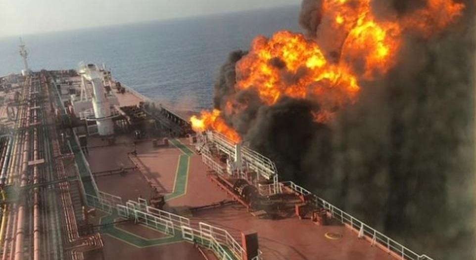 بالصور.. النرويج تُكذب إيران بشأن غرق ناقلة النفط بخليج عمان