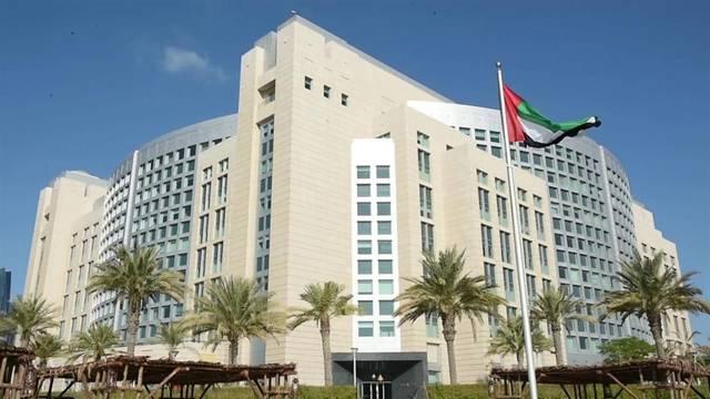 الإمارات تنفي ملكية أسلحة عُثر عليها في ليبيا