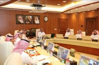 اللواء الجلعود يناقش خطة الأحوال المدنية لموسم الحج - المواطن