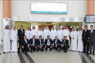 الجاسر يتفقد خدمات الخطوط السعودية وسير العمليات التشغيلية في مطار نجران - المواطن