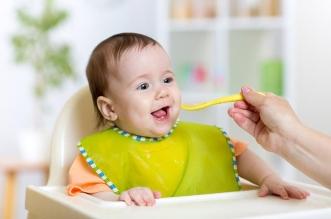 ماذا يأكل الطفل بعمر سنة؟ - المواطن