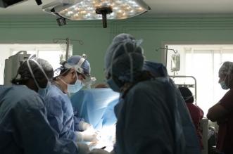 جراحة نادرة تنقذ شابًا تعرض لإصابة رياضية في تبوك - المواطن