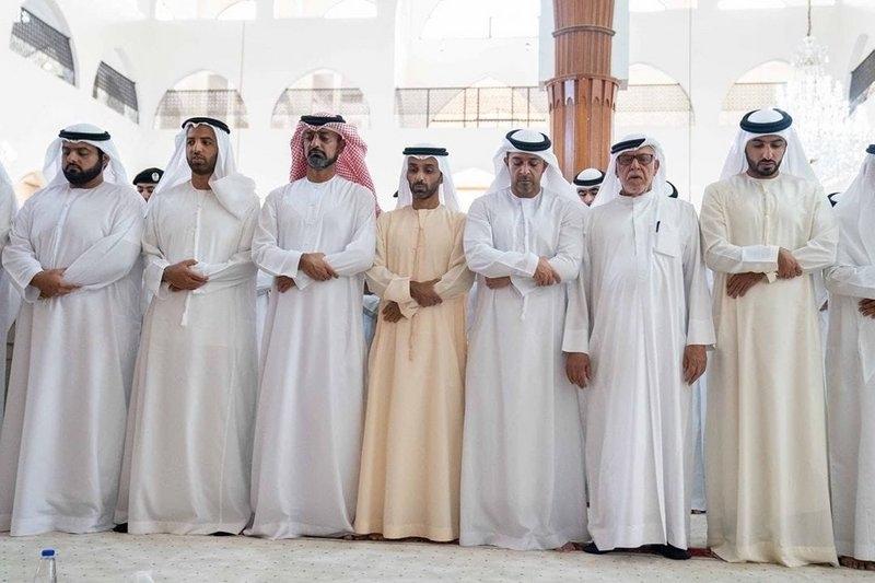 لقطات مؤثرة من تشييع خالد بن سلطان القاسمي إلى مثواه الأخير 2