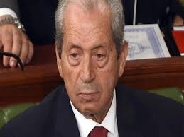 ما هي صلاحيات محمد الناصر رئيس تونس المؤقت؟