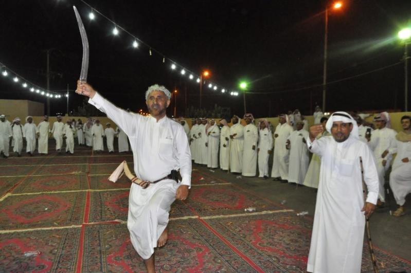 عسيري يحتفل بعقد قرانه في محايل
