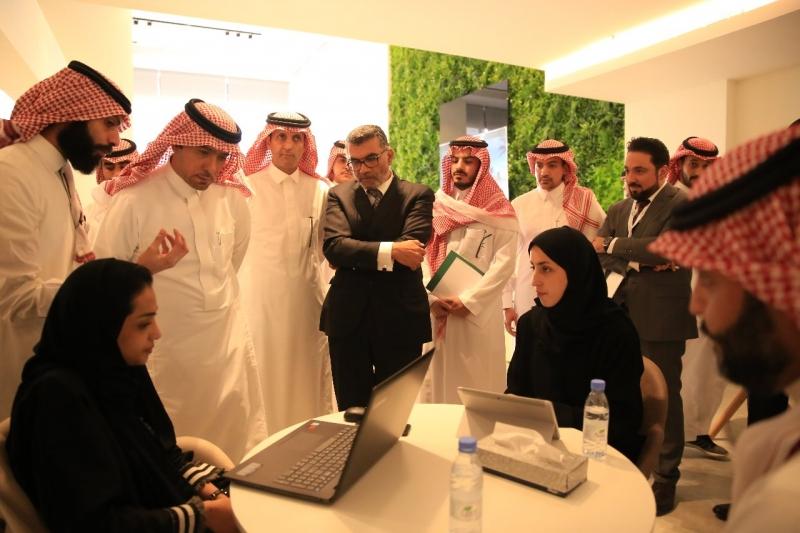 الحقيل: تسليم مشروع مرسية الرياض في موعده - المواطن