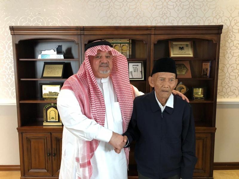 الملك يوجه بتلبية رغبة مسن إندونيسي - المواطن