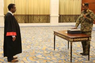البرهان يؤدي اليمين رئيساً لمجلس السيادة السوداني - المواطن