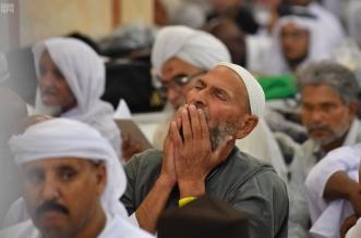 الراحة والسكينة ترتسم على وجوه زوار المسجد النبوي - المواطن
