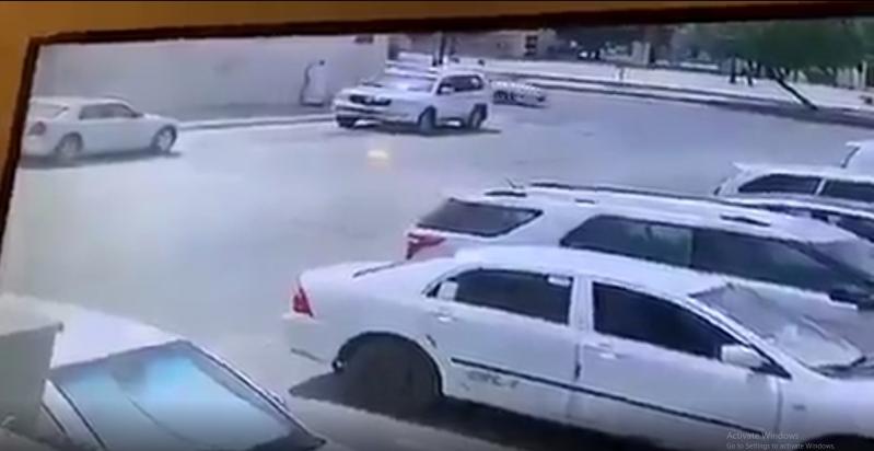 فيديو.. حرق سيارة مواطن لأسباب مجهولة