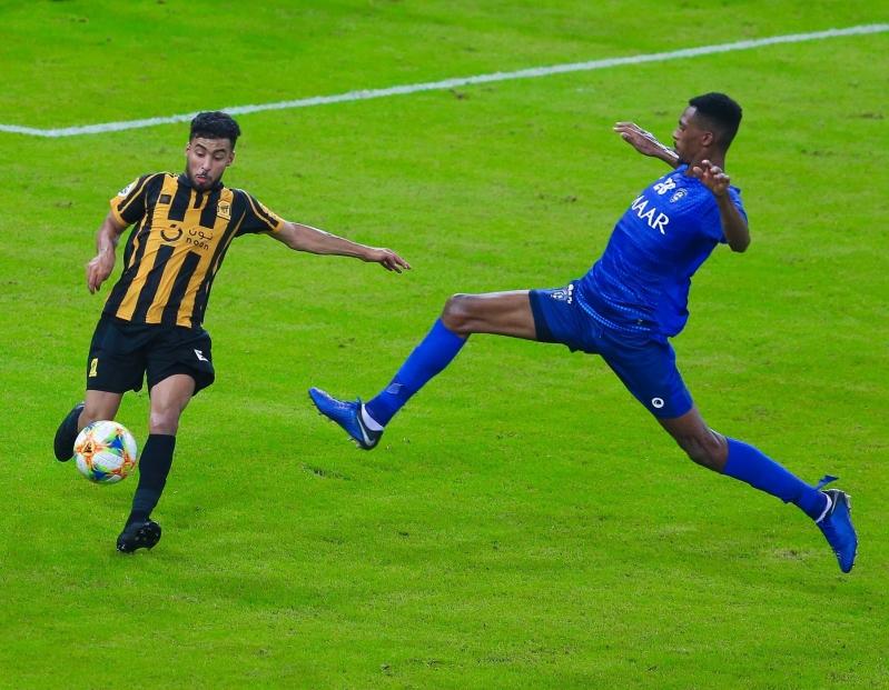 محمد كنو الأفضل في مباراة الهلال والاتحاد - المواطن