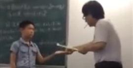 فيديو.. معلم يعتدي على طالب بطريقة وحشية - المواطن