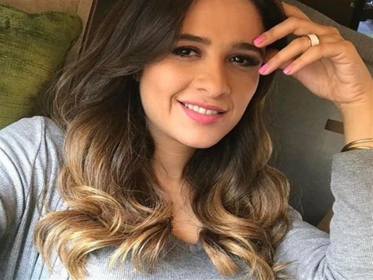 فيديو.. ياسمين عبدالعزيز تعود بعد غياب 17 عامًا بـ نسناس وثعبان!