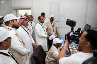 بالصور.. وزير الإعلام يقف على سير العمل للتغطية الإعلامية بصعيد عرفات - المواطن