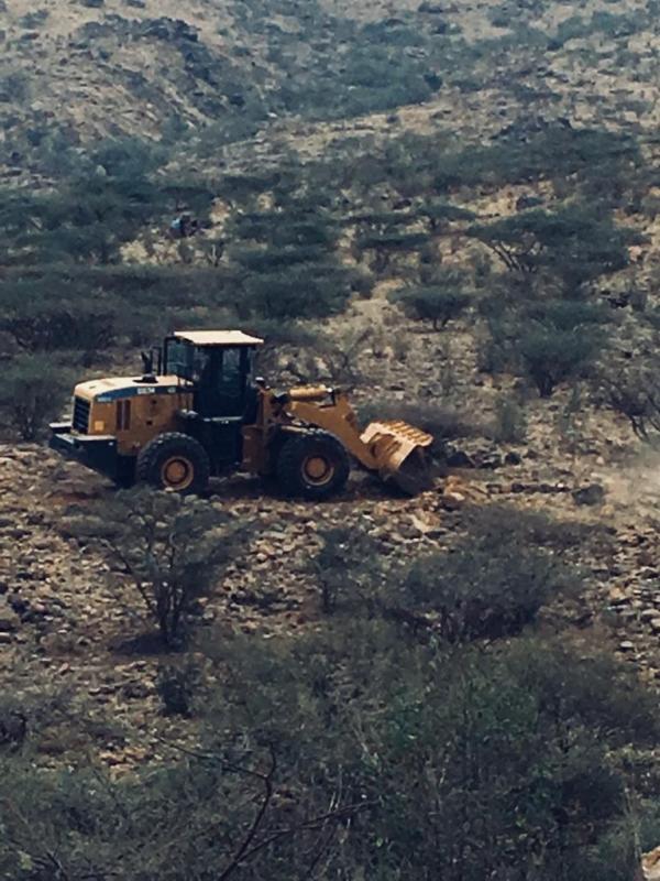 صور.. استعادة 20 ألف متر من الأراضي الحكومية بـ عبس المجاردة