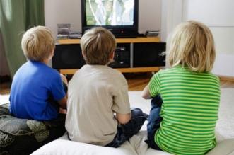 كيف تؤثر مشاهدة التلفزيون لأكثر من ساعتين على الطفل؟ - المواطن