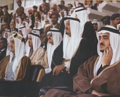 صورة تاريخية للملك فيصل والملك فهد والملك سلمان