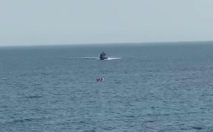 اخبار السعودية اليوم حرس الحدود ينقذ كويتية انفلت زورقها في المياه السعودية