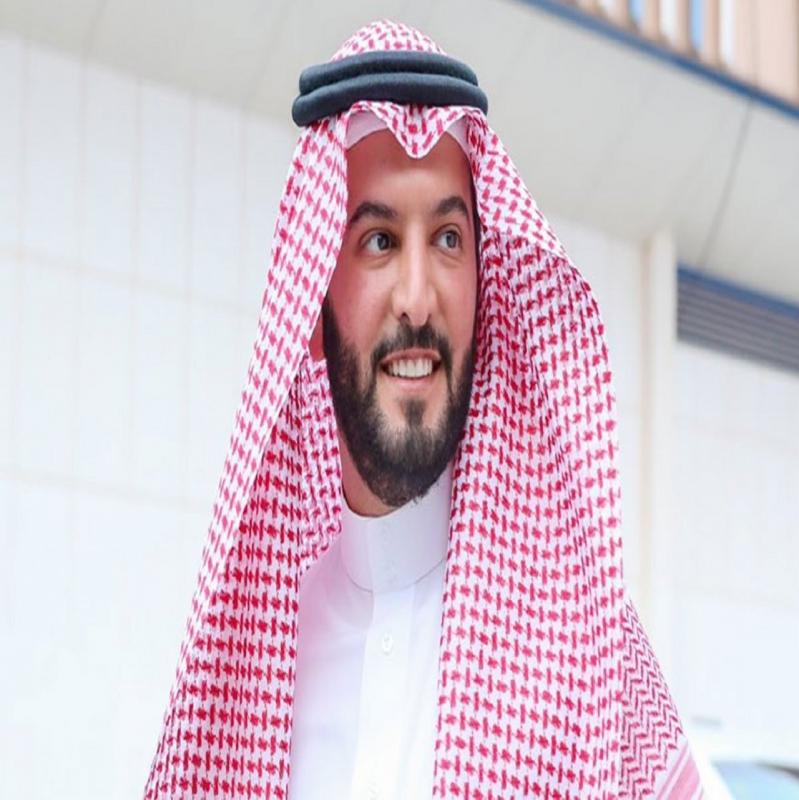فهد بن نافل.. شهران من الإنجازات الاستثمارية والكروية