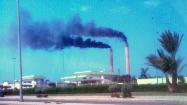 بعد 45 عامًا من التلوث.. كورنيش جدة يودع آخر المداخن