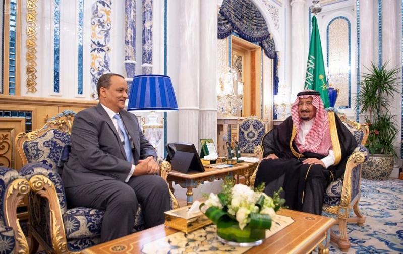 الملك سلمان يتسلم رسالة من الرئيس الموريتاني