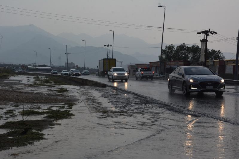 الأرصاد : استمرار الأمطار الرعدية غدًا على 5 مناطق