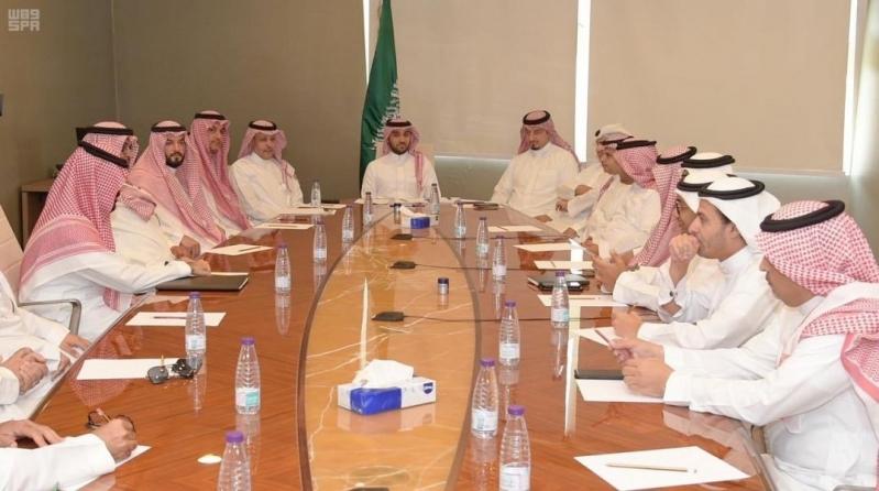 عبدالعزيز الفيصل يبحث خطط عمل رؤساء أندية دوري محمد بن سلمان