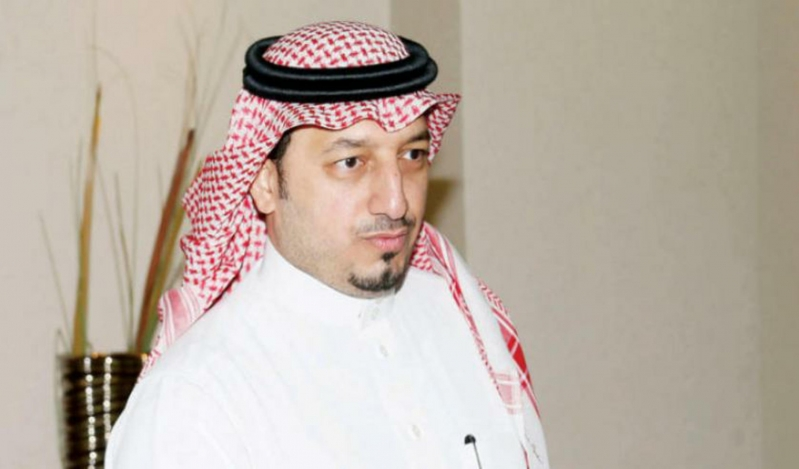 رئيس الاتحاد السعودي يطمئن على مصابي الهلال