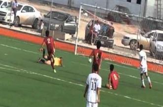 تفاصيل إنقاذ لاعب تعرض لحالة اختناق في مباراة فريقي القريات وطبرجل - المواطن