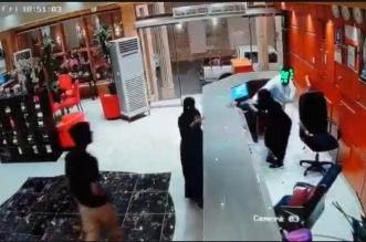 لا تهاون في التحقيقات.. النيابة تباشر واقعة الاعتداء على موظفة فندق صبيا - المواطن