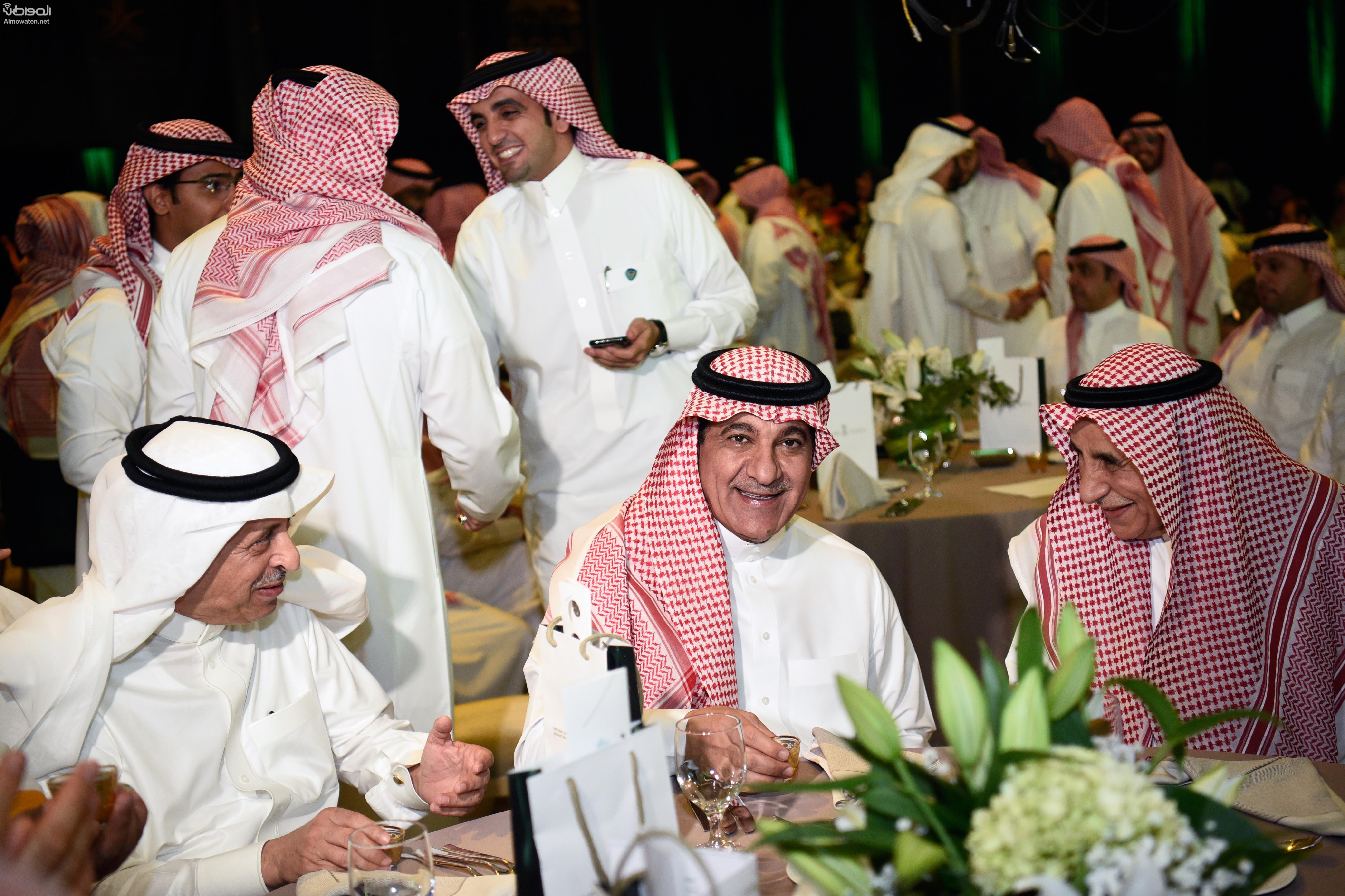 في حضرة الوزير الشبانة .. الإعلام تحتفي بالرموز وتكرم المتميزين في يوم الوطن - المواطن