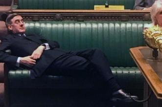 زعيم العموم البريطاني يستفز أعضاء البرلمان - المواطن